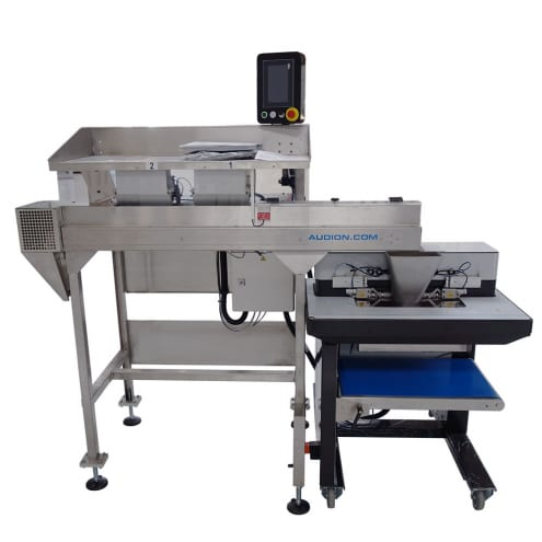 2 weighing buckets sorting table